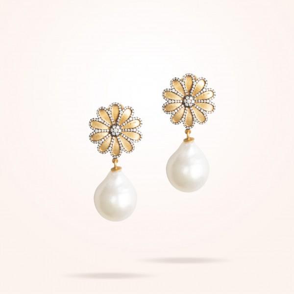 MARVVA - 17.15mm Daisy Sultana Earrings, Pearl, Diamond, Antique Yellow Gold 18K